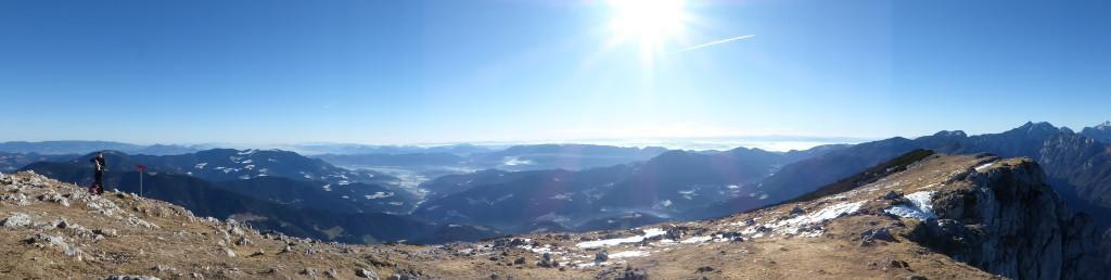 Edi na vrhu (in nenavadna panorama)