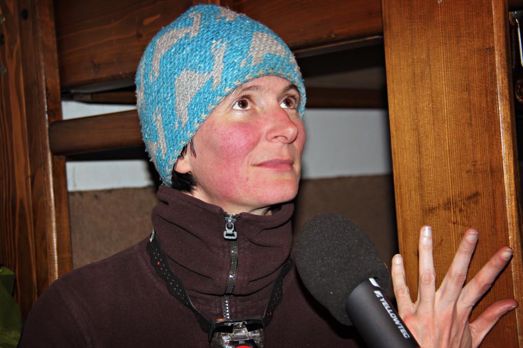 Martina je pred mikrofonom-snemalnikom kar otrpnila. Zato je tudi v reportaži ne bo mogoče slišati.
