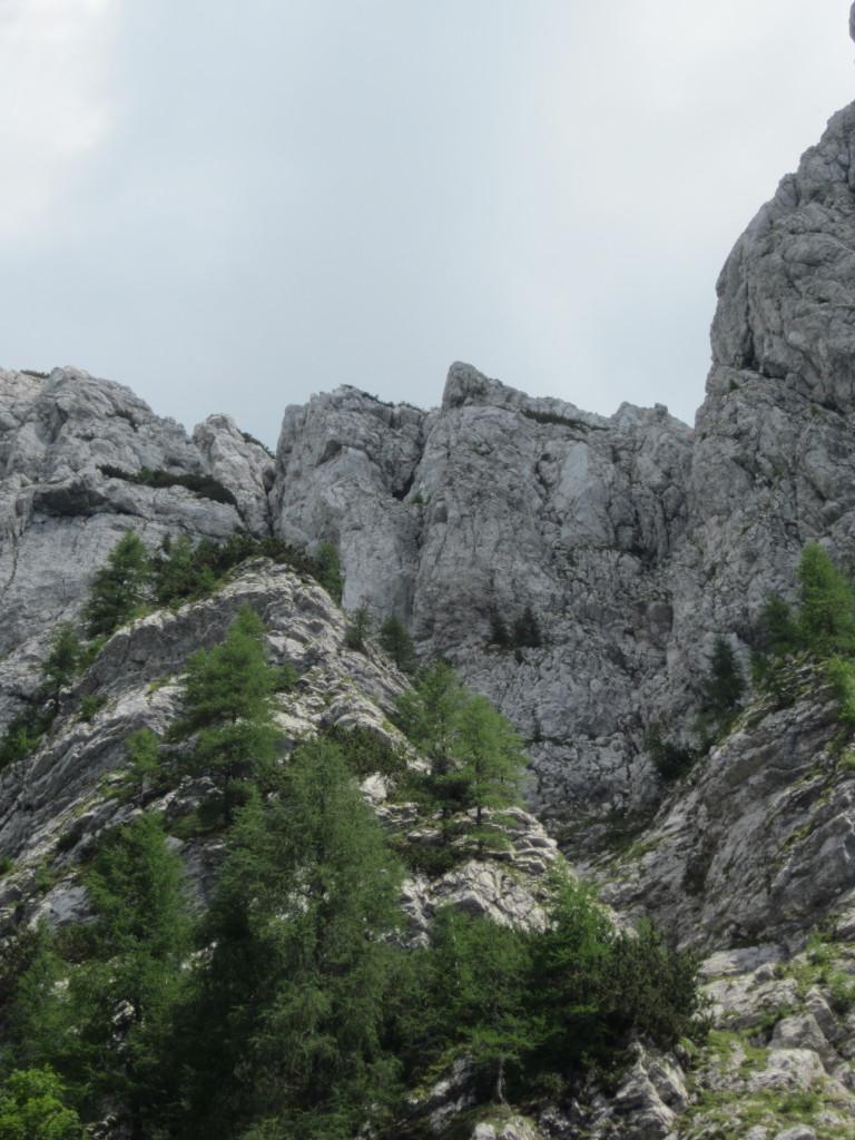 Miškolin je desno od Frdamanih lukenj