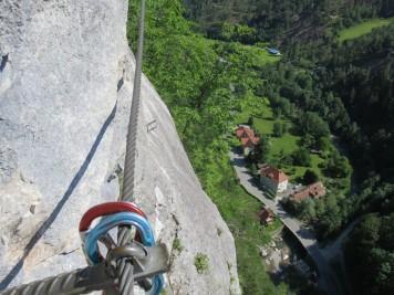 Pogled iz stene z višine okoli 150 m