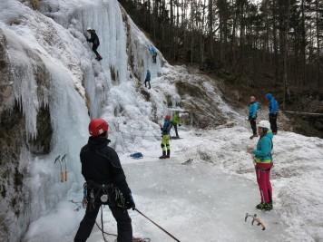 2019.01.12-10.50.06 Logarska, Palenk, Ledno plezanje (Large)