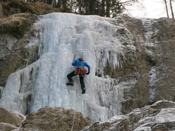 2019.01.12-11.59.08 Logarska, Palenk, Ledno plezanje (Large)
