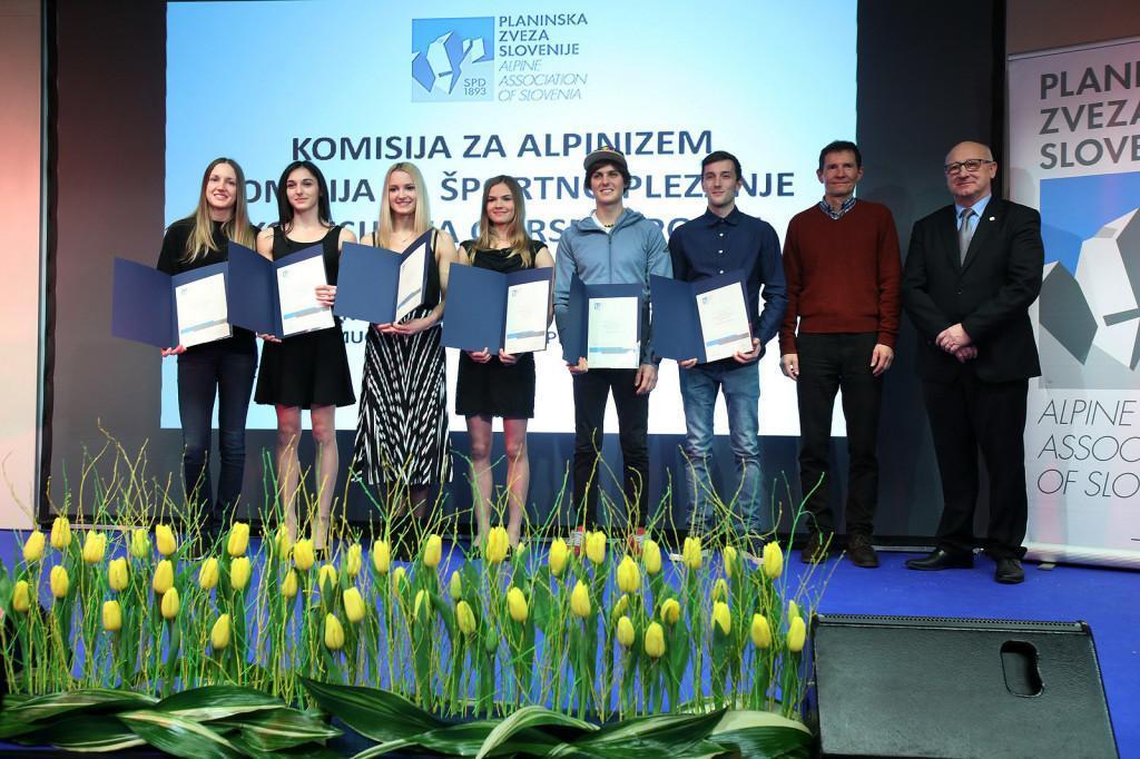 Gregor Vezonik z drugimi prejemniki priznanj  Foto: Irena Mušič Habjan