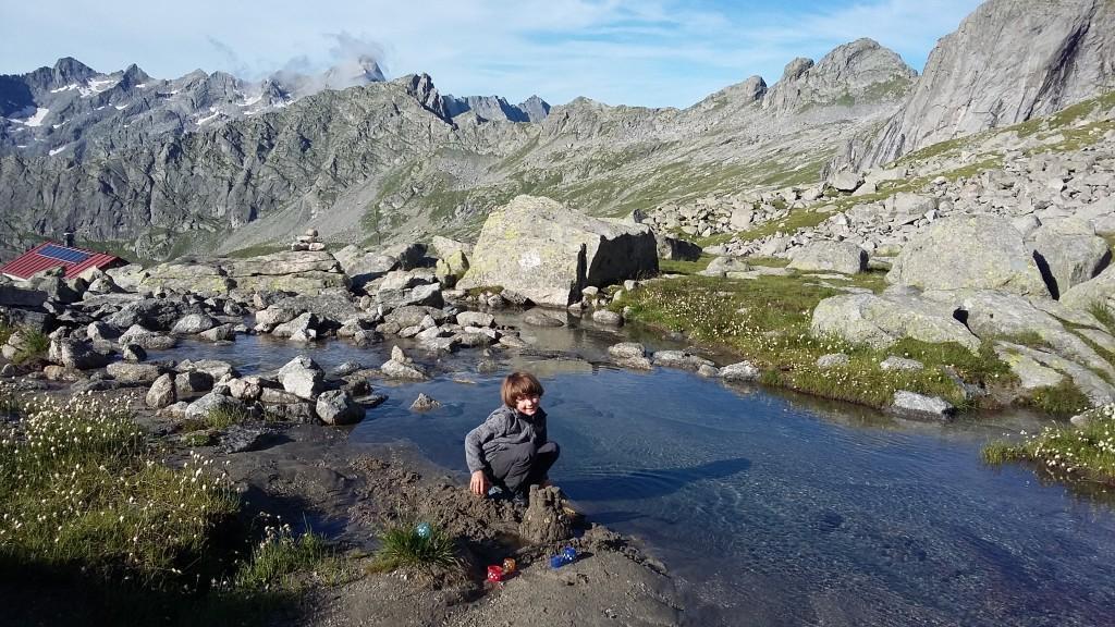 Dopolnilne alpinistične dejavnosti nad kočo Gianetti.